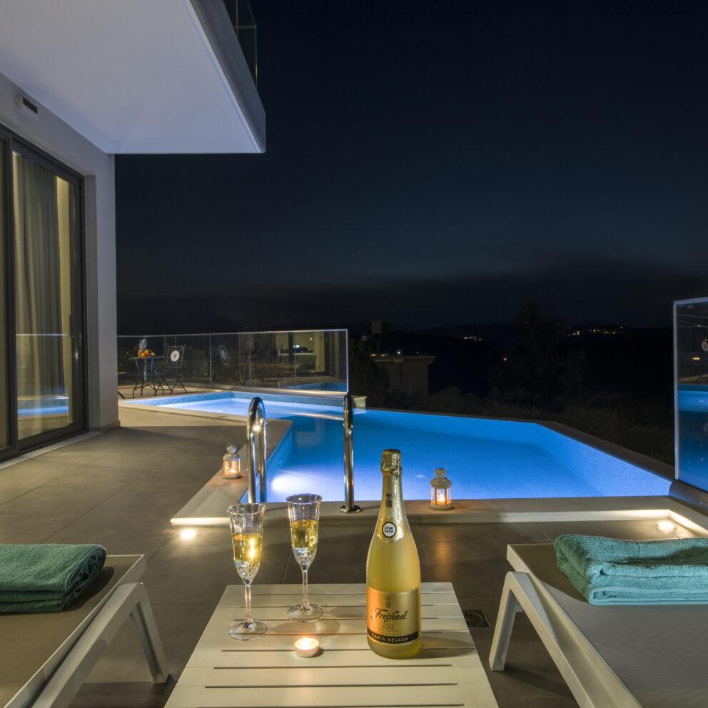Villa Fulmar - Luxury Villa in Crete Greece